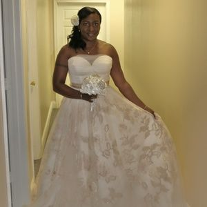 Oleg Cassini Wedding Gown for Sale